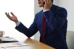 電話営業を行う営業マンは、どこから連絡先を入手するのか?_01
